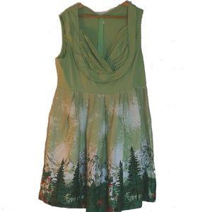 Green Alpine Dress Print, size XXL